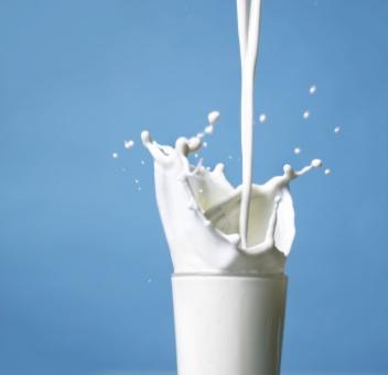 http://www.drtihanyi.hu/uploads/milk.jpg